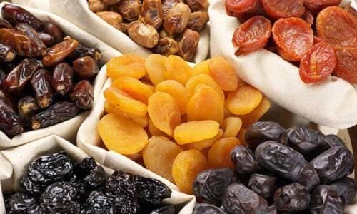 Сухофрукты являются прекрасным источником витаминов, для людей с панкреатитом