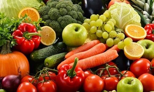 В ежедневное меню больного геморроем следует включить овощи и фрукты