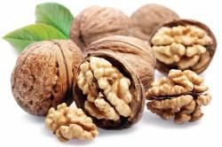 Польза грецких орехов при анемии и сахарном диабете