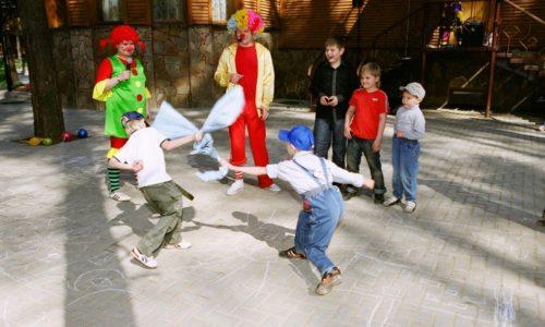 Нужно всегда помнить, ребенок будет защищен от герпеса, если он занимается спортом, часто бывает на свежем воздухе и закаляется