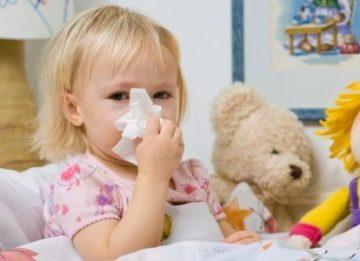Причины и лечение желтых соплей ребенка