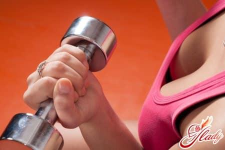 Польза упражнений для формы и упругости груди