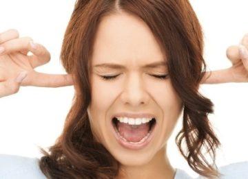 Почему заложило ухо во время простуды и как с этим бороться?