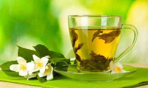 Зеленый чай при геморрое поможет укрепить стенки геморроидальных вен и возобновить нормальный биоценоз кишечника